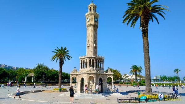 Измирская часовая башня Саат Кулеси