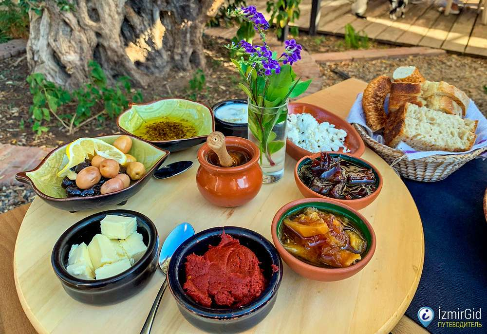 Рестораны в Урле (Измир) с концепцией «с поля на стол»