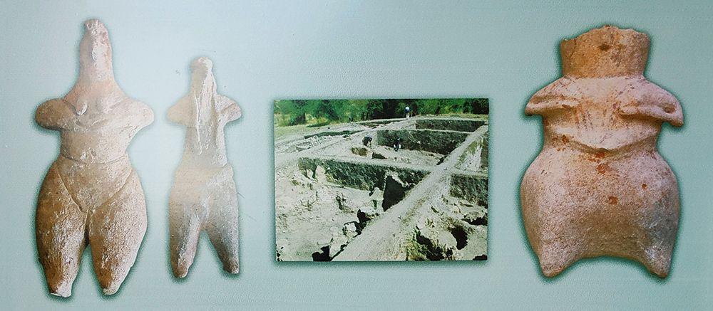 Статуэтки Кибелы, найденные на раскопках в Улуждаке